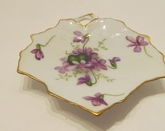 VINTAGE ROSSETTI Spring Violets - Leaf Shaped Dish