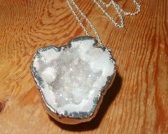 Large, snow white, sparkling, real raw quartz geode, bohemian statement necklace, silver, druzy necklace, raw geode, bridal necklace, druzy