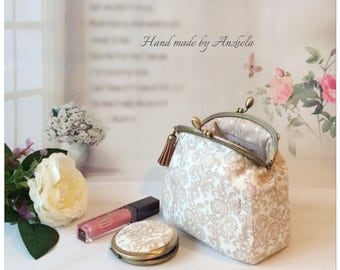 Cosmetic bag and mirror