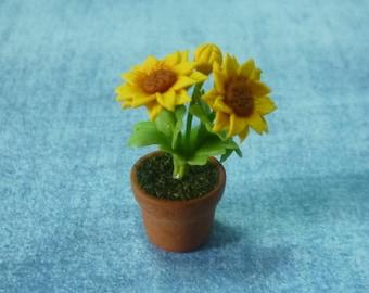 Miniature Flowers Sunflower Tree 1 12 Scale /Mini Sunflower /Dollhouse  Miniatures/ Faux Plants