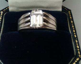gents silver clear stone ring
