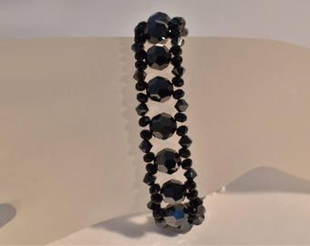 Swarovski crystal bracelet with hematite 2x and jet
