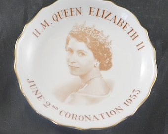 Tuscan Sweet Dish Commemorate Coronation of Queen Elizabeth II in 1953