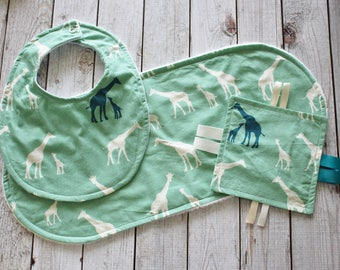 Giraffe Baby Gift Set with Organic Cotton