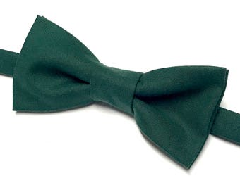 Forest Green Bow tie, Solid Green Bow tie, Dark Green Bow tie, Green Bow tie, Men's Green Bow tie, Kids Green Bow tie, Pre-tied Green Bowtie