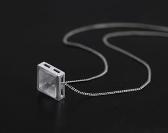 Sterling silver natural crystal pyramid shaped necklace,silver crystal cubr necklace