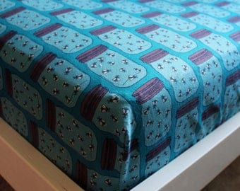 Lightning Bugs Fitted Crib/Toddler Sheets