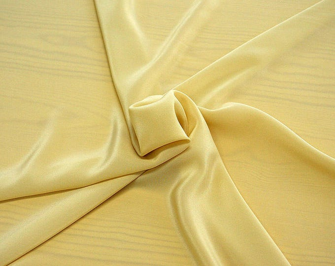 301070-Chinese natural silk crepe 100%, width 135/140 cm, made in Italy, dry cleaning, weight 88 gr