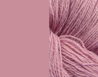 Wool Yarn, light violet - lilac, fingering 2-ply worsted pure lambswool 8/2 100g/350m