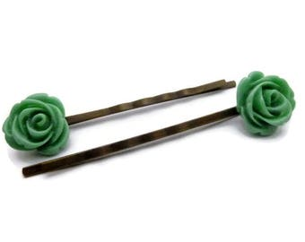 Set of 2 hairclips resin Green