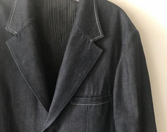 Blue jeans casual style jacket man size large .