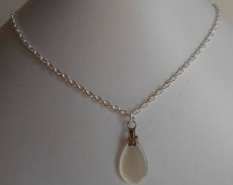 Minimalist necklace Teardrop glass white