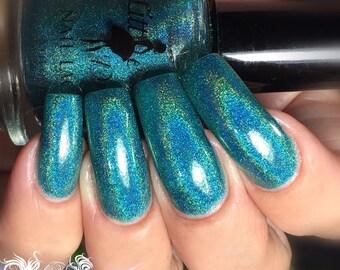 NEPTUNE'S TRIDENT - Holographic nail polish, blue polish, teal polish