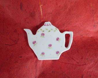 """porcelain magnet """"shabby teapot"""" rose"""