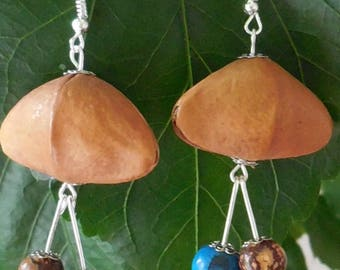 """Buri tube beads earrings: seed """"Hat of Napoleon"""" and """"acais"""" seed"""