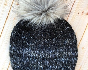 Women's Knit Beanie with Faux Fur Pom