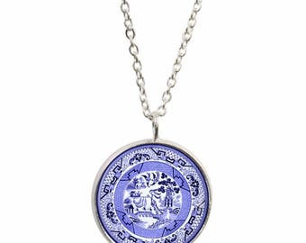Willow Pattern Pendant and Silver Plated Necklace