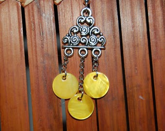 Yellow mother of pearl earrings