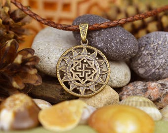 Valkyrie pendant. Valkyrie Viking Necklace. Nordic amulet. Handmade Viking jewelry. Norse jewelry. Scandinavian amulet. Pagan pendant.