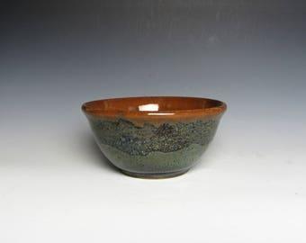 Medium Ceramic Bowl, Cereal Bowl, Serving Bowl, Rustic Bowl, Dinner Bowl, Blue Bowl, Handmade Ceramics, Home Décor