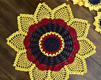 Sunflower Lace Doily - Farmhouse Decor - Coffee Table Doily - Pineapple Crochet Doily - Wedding Gift - Rustic Crochet Doily