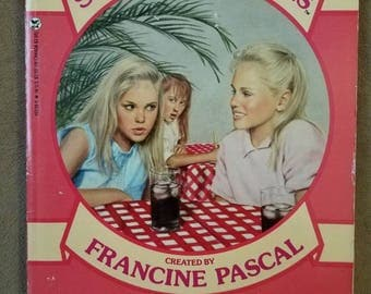 Sweet Valley Twins #12 Keeping Secrets Francine Pascal