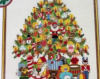 "Sunset Stitchery Christmas Tree Fantasy Vtg 1978 Crewel Embroidery Kit 20"" x 24"""