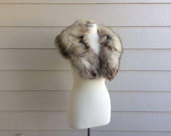 1960s Silver Fox Fur Stole Fox Scarf.Old Hollywood 1950s Fox Fur Collar Fur Scarf Shrug.Fox Fur Bridal Wedding Shrug with Pink Satin Lining