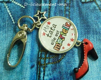 Keychain bottle opener in silver cabochon 25 mm my tata of deadly pump