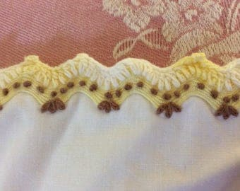 "Vintage Hand Embroidered Trim, 39.5"" of Continuous Trim, Pristine"