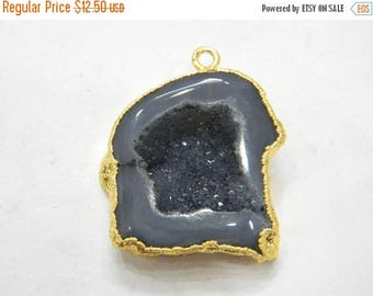 on sale 80% discount Druzy Pendants With Electroplated Gold Edge Charms Wholesale price Handmade size 22x27 mm approx