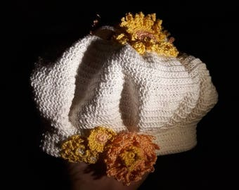 Uhats - white with peach and yellow flowers
