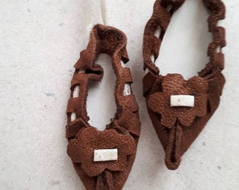 Folk shoes souvenir, Miniature shoes,  Vintage bulgarian shoes, Bulgarian traditional leather shoes, Bulgarian traditional shoes,