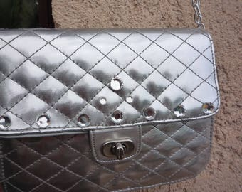 Small silver faux quilted shoulder bag