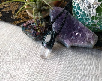 Clear crystal & Moonstone pendant