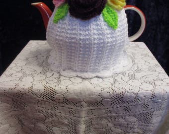 Beautiful Posy of Roses Tea Cosy