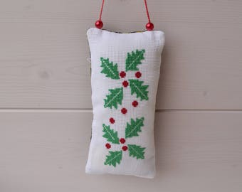 Christmas decoration hanging pillow embroidered cross stitch of Holly leaves