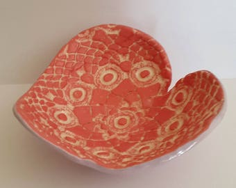 Heart ceramic jewelry rests