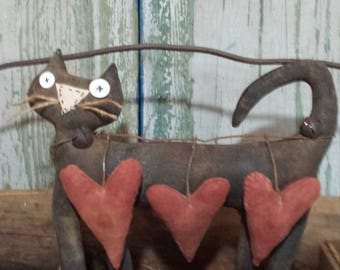 Primitive Barn Cat, Rustic Love Cat,Farm Cat Shelf Sitter,Country Cat Sideboard Sitter,Primitive Valentine Cat,Barn Cat w/ Primitive Hearts