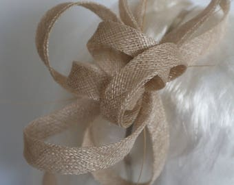 Cream/Biscuit fascinator with feathers. Perfecy for weddings, races, mother of the bride