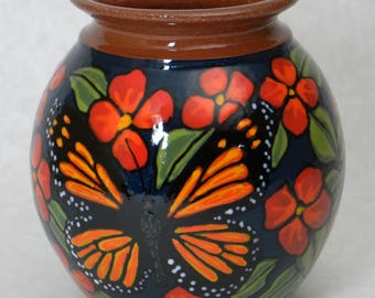 Small Monarch Vase with Red Flowers (Item#81)