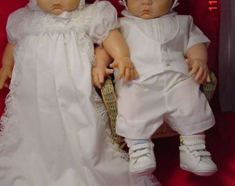 20 in Vinyl Playmate Twins in Christening Outfits, Excellent Cond