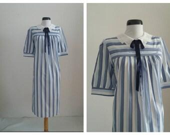 Vintage 60s-70s  stripe dress   blue stripe dress