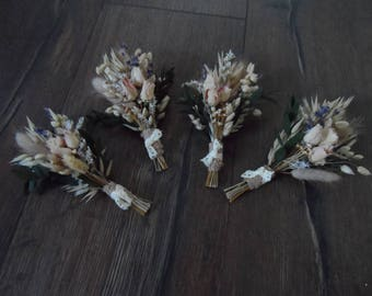 Dried flower boutinerres set of 4