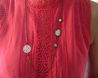 Lace necklace with Japanese paper and charm.