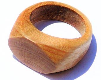 Eucalyptus wood women ring