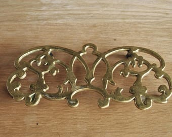 Brass Trivet by Virginia Metal Crafters Monticello 1988 10-55