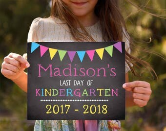 Last Day of School Sign- School Signs- School Photo Prop- Back to School Chalkboard- First Grade Sign- Last Day of Kindergarten Sign
