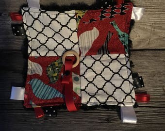 Blanket labels baby toy comes with clip a pacifier or teething bird toy red black and white