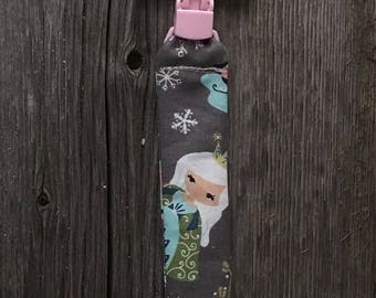 Attached to pacifier or teething toy baby floncon frozen Princess rabbit Fox